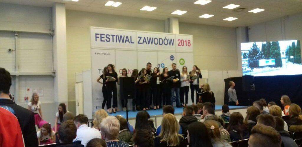 Uczniowie SP Nr 24 na festiwalu zawodów w Krakowie
