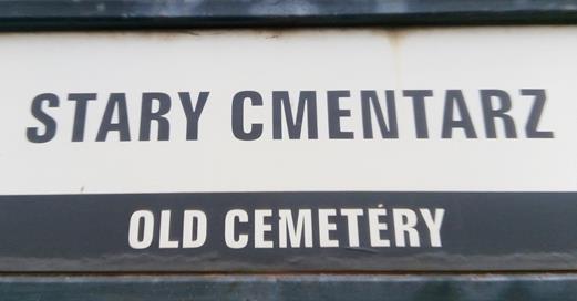 Wizyta 8A na Starym Cmentarzu